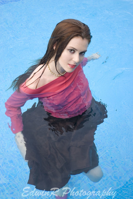Isobel Wren In Costa Rica Sog375